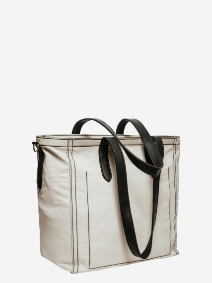 Carlotte-tattoo-white-tote-03